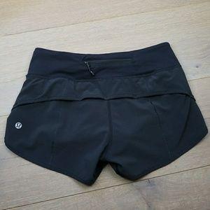 Lululemon all black shorts 2